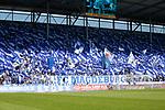Magdeburg Fans Fahnen, Choreografie beim Spiel in der 3. Liga, 1. FC Magdeburg - Karlsruher SC.<br /> <br /> Foto &copy; PIX-Sportfotos *** Foto ist honorarpflichtig! *** Auf Anfrage in hoeherer Qualitaet/Aufloesung. Belegexemplar erbeten. Veroeffentlichung ausschliesslich fuer journalistisch-publizistische Zwecke. For editorial use only.
