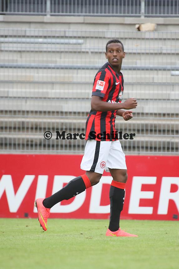 Joel Gerezgiher (Eintracht)
