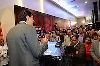 SAO PAULO, 12 DE JULHO DE 2012 - ELEICOES 2012 CHALITA - O candidato do PMDB a prefeito de São Paulo, deputado federal Gabriel Chalita, em inauguracao  do comite central de sua campanha, no vale do Anhangabau, regiao central da cpaital na manha desta quinta feira.FOTO: ALEXANDRE MOREIRA - BRAZIL PHOTO PRESS