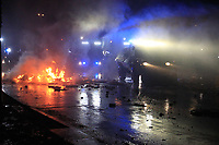HAMBURGO,ALEMANHA, 07.07.2017 - PROTESTO-G20 - Manifestantes realizam ato contra a reunião do G20 ( reunião dos vinte países mais poderosos economicamente no mundo) e tomam as ruas da cidade Hamburgo no norte da Alemanha nesta sexta-feira, 07. (Foto: Douglas Pingituro/Brazil Photo Press)