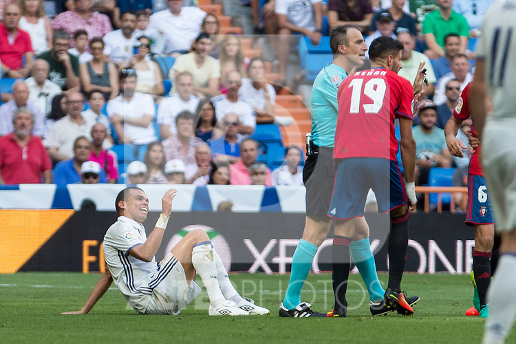 Real Madrid's Pepe during the match of La Liga between Real Madrid and Club Atletico Osasuna at Santiago Bernabeu Estadium in Madrid. September 10, 2016. (ALTERPHOTOS/Rodrigo Jimenez)