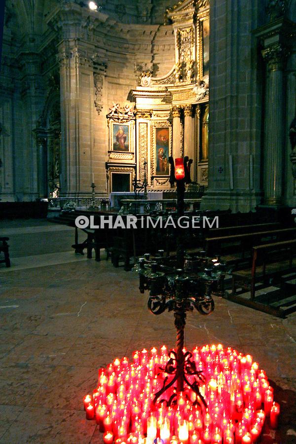Velas na Catedral de San Sebastian, Espanha. 2007. Foto de Marcio Nel Cimatti.