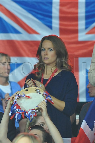 27.11.2015. Belgium. Davis Cup Final, Great Britain versus Belgium. Day 1 play.  Andy Murray (GB) defeats Ruben Bemelmans by a score of  6-3 6-2 7-5 to level the tie at 1-1.  Kim Sears Murray