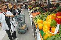 - Eataly, market for the sale of quality Italian food, vegetables department<br /> <br /> - Eataly, market per la vendita del cibo italiano di qualit&agrave;, reparto verdura ed ortaggi