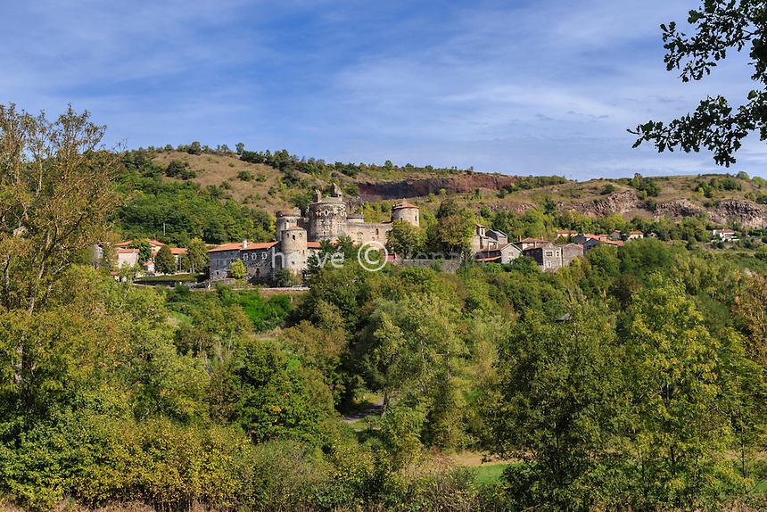France, Haute-Loire (43), Saint-Vidal, le village et son château
