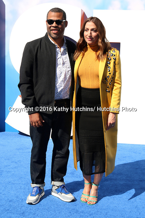"""LOS ANGELES - SEP 17:  Jordan Peele, Chelsea Peretti at the """"Storks"""" Premiere at the Village Theater on September 17, 2016 in Westwood, CA"""