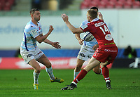 Racing 92 Finn Russell whips the ball out wide<br /> <br /> Photographer Ian Cook/CameraSport<br /> <br /> European Rugby Champions Cup - Scarlets v Racing 92 - Saturday 13th October 2018 - Parc y Scarlets - Llanelli<br /> <br /> World Copyright © 2018 CameraSport. All rights reserved. 43 Linden Ave. Countesthorpe. Leicester. England. LE8 5PG - Tel: +44 (0) 116 277 4147 - admin@camerasport.com - www.camerasport.com