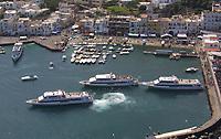 Capri aliscafi e traghetti nel porto