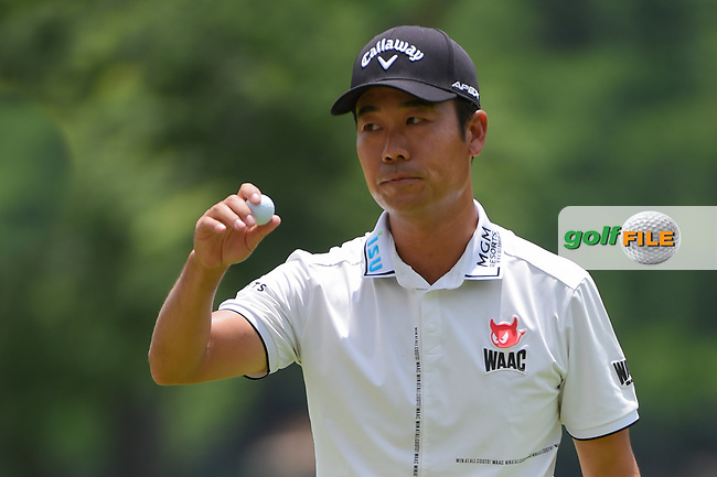 Kevin Na (USA) after sinking his birdie putt on 2 during round 3 of the 2019 Charles Schwab Challenge, Colonial Country Club, Ft. Worth, Texas,  USA. 5/25/2019.<br /> Picture: Golffile   Ken Murray<br /> <br /> All photo usage must carry mandatory copyright credit (© Golffile   Ken Murray)