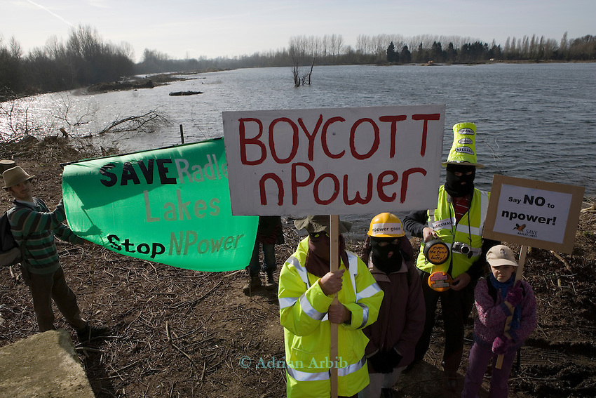 Around 600 people turned up to march  today around Thrupp lake (lake E) at the Radley Lakes   in protest at the  proposed dumping of 500,000 tons of  waste ash from Didcot power station into the wildlife lake. <br /> Save the Radley Lakes campaign claim that trees have been cut down illegally and N Power have been injuncting everyone including the press to keep away.