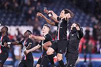 JOIE - FAIR PLAY - 09 EDINSON CAVANI (PSG)<br /> 01/02/2020<br /> Paris Saint Germain PSG - Montpellier  <br /> Calcio Ligue 1 2019/2020 <br /> Photo  Philippe Le Coeur Panoramic/insidefoto <br /> ITALY ONLY