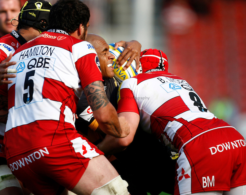 Photo: Richard Lane/Richard Lane Photography. Gloucester Rugby v London Wasps. Aviva Premiership. 22/09/2012. Wasps' Tom Varndell is tackled.