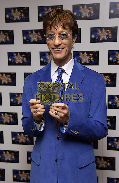 "ROBIN GIBB.Bee Gees.""Avenue of the Stars - 50 Years of ITV"".LWT Studios.London, 18 September 2005.© Steve Finn/Capital Pictures.Ref: FIN.half length.www.capitalpictures.com.sales@capitalpictures.com.© Capital Pictures."