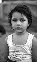 Montenegro  Novembre 2000.Campo profughi di Konik 1.Un bambino di etnia rom  profuga dal Kosovo.