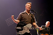 Dec 17, 2009: THEM CROOKED VULTURES - Apollo Hammersmith London