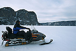 Moto neige ou ski doo, moyen de déplacement très utilisé en hiver au Québec. Quebec en hiver. Canada.