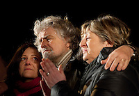 Reggio Emilia: Beppe Grillo  a Reggio Emilia durante il suo Tsunami Tour per la campagna elettorale 2013..Reggio Emilia: Beppe Grillo, founder of the Movimento 5 Stelle, during a public rally for the political campaign 2013.