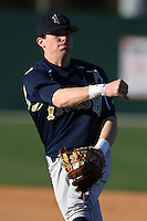 February 26, 2010:  Second Baseman Greg Sherry of the Notre Dame Fighting Irish during the Big East/Big 10 Challenge at Jack Russell Stadium in Clearwater, FL.  Photo By Mike Janes/Four Seam Images