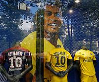 Boutique PSG Champs ElyseesNegozio Paris Saint Germain con maglie Neymar <br /> 04-08-2017 Parco dei Principi <br /> Calcio Ligue 1 2017/2018 <br /> Foto Bibard/ Panoramic/Insidefoto