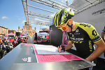 Simon Yates (GBR) and Mitchelton-Scott at sign on before Stage 11 of the 2019 Giro d'Italia, running 221km from Carpi to Novi Ligure, Italy. 22nd May 2019<br /> Picture: Massimo Paolone/LaPresse | Cyclefile<br /> <br /> All photos usage must carry mandatory copyright credit (© Cyclefile | Massimo Paolone/LaPresse)