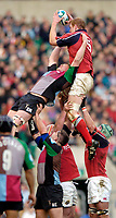 2004/05 Heineken_Cup, NEC,Harlequins vs Munster, RFU Twickenham,ENGLAND:.Munster's Paul O'Connell, collects the line out ball as Quins Simon Maill challenges...Photo  Peter Spurrier. .email images@intersport-images.com...