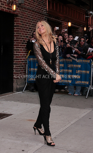 WWW.ACEPIXS.COM . . . . .  ....October 13 2009, New York City....Actress Sienna Miller made an appearance at the 'Late show with David Letterman' on October 13 2009 in New York City....Please byline: AJ Sokalner - ACEPIXS.COM.... *** ***..Ace Pictures, Inc:  ..(212) 243-8787 or (646) 769 0430..e-mail: picturedesk@acepixs.com..web: http://www.acepixs.com