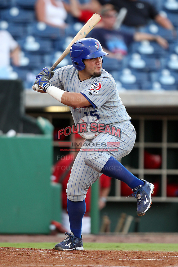 Daytona Cubs Luis Flores #15 during a game against the Clearwater Threshers at Brighthouse Stadium on June 23, 2011 in Clearwater, Florida.  Clearwater defeated Daytona 6-5.  (Mike Janes/Four Seam Images)