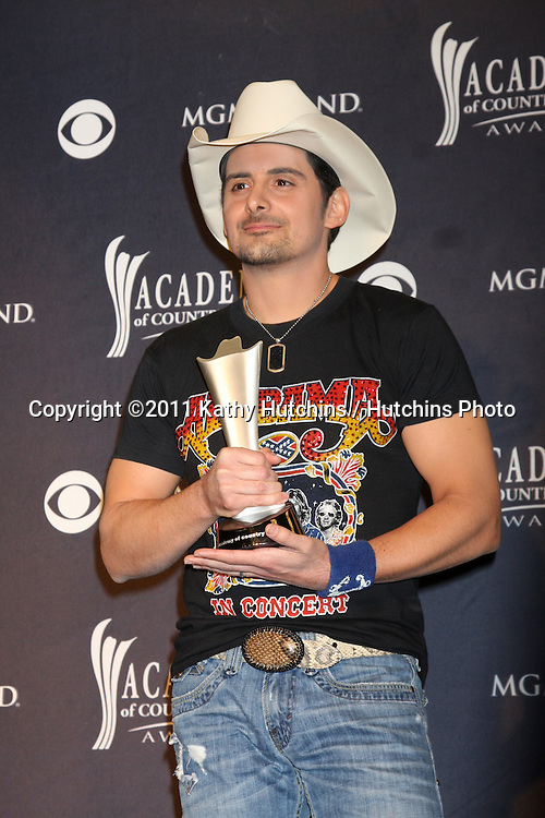 LAS VEGAS - APR 3:  Brad Paisley in the Press Room at the Academy of Country Music Awards 2011 at MGM Grand Garden Arena on April 3, 2010 in Las Vegas, NV.