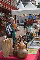 France, Calvados (14), Pays d' Auge, Cambremer, lors du festival des AOC AOP;, étal d'un producteur de Calvados<br />  // France, Calvados, Pays d' Auge, Cambremer,  during DPO festival, stall of  of a  Calvados producer