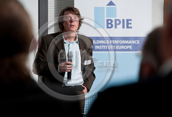 "Brussels-Belgium - November 09, 2011 -- ""Principles for nearly Zero-Energy Buildings"", a conference held by BPIE (Buildings Performance Institute Europe) at AEROPOLIS II; here, Thomas BOERMANS, Ecofys -- Photo: Horst Wagner / eup-images"
