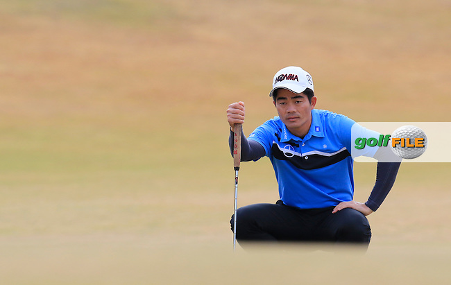 Wen-chong LIANG (CHN) on the 1st green during Thursday's Round 1 of the 2015 U.S. Open 115th National Championship held at Chambers Bay, Seattle, Washington, USA. 6/18/2015.<br /> Picture: Golffile | Eoin Clarke<br /> <br /> <br /> <br /> <br /> All photo usage must carry mandatory copyright credit (&copy; Golffile | Eoin Clarke)