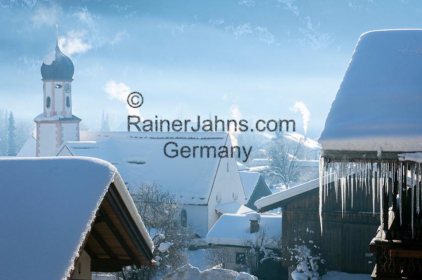 Deutschland, Bayern, Werdenfelser Land, Wallgau: winterliche Dorfszene | Germany, Upper Bavaria, Werdenfelser Land: winter scene in village Wallgau
