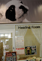 "A ""healing room""  for dogs at an up market vet in Tokyo. <br /> 20-Jan-2011"