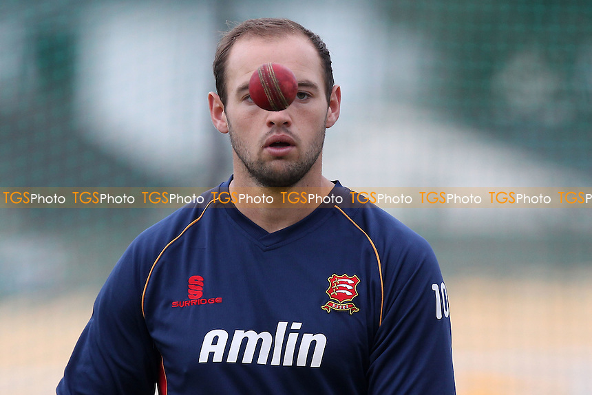 Nick Browne of Essex keeps a close eye on the ball - Leicestershire CCC vs Essex CCC - LV County Championship Division Two Cricket at Grace Road, Leicester - 15/09/14 - MANDATORY CREDIT: Gavin Ellis/TGSPHOTO - Self billing applies where appropriate - contact@tgsphoto.co.uk - NO UNPAID USE
