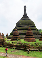 Andaw Thein Monastery and Temple it is here where a Tooth relic from Buddha is enshrined