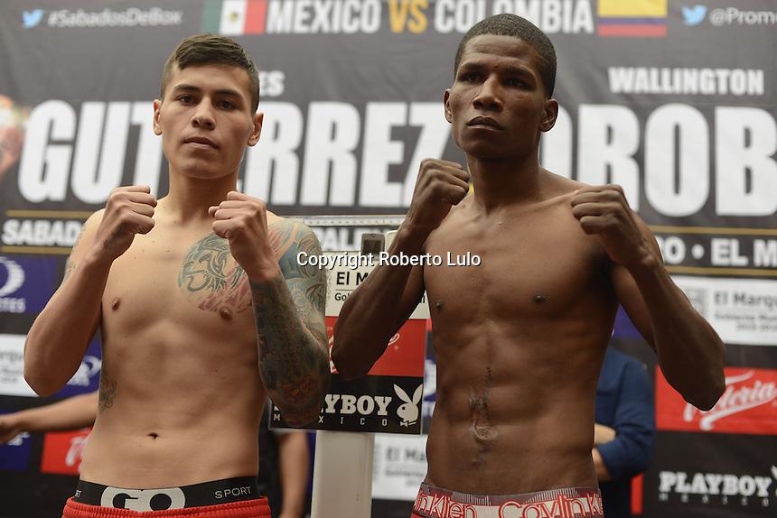 El Marqués, Querétaro. 7 de octubre de 2016.- Ceremonia de pesaje de los boxeadores Jaguar Gutierrez y Wellington, previo a la pelea a realizarse este sábado en el Eco Centro Expositor de la Unión Ganadera.