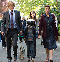 Wonder (2017)<br /> Julia Roberts, Owen Wilson &amp; Jacob Tremblay  <br /> *Filmstill - Editorial Use Only*<br /> CAP/KFS<br /> Image supplied by Capital Pictures