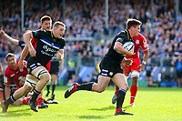 Freddie Burns of Bath Rugby in possession. Heineken Champions Cup match, between Bath Rugby and Stade Toulousain on October 13, 2018 at the Recreation Ground in Bath, England. Photo by: Patrick Khachfe / Onside Images