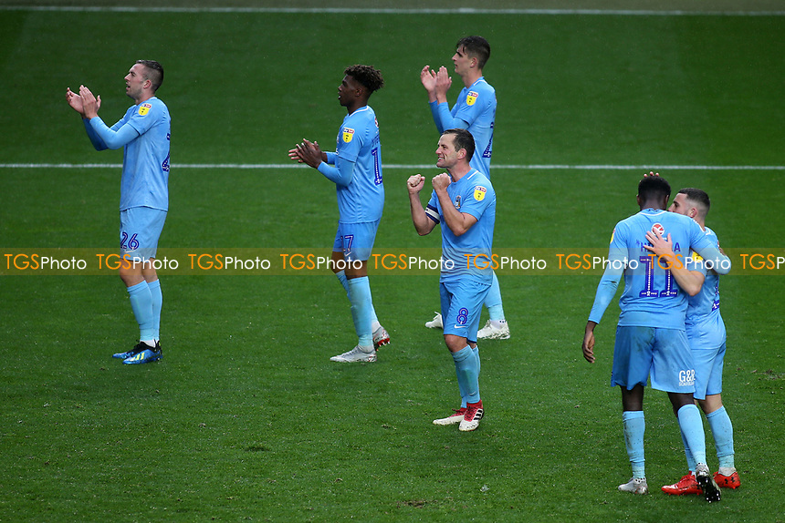 Coventry City players celebrate their victory at the final whistle as they applaud the away fans during Charlton Athletic vs Coventry City, Sky Bet EFL League 1 Football at The Valley on 6th October 2018