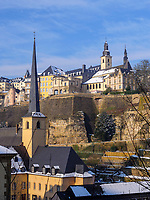 Blick &uuml;ber Grund auf Altstadt, Luxemburg-City, Luxemburg, Europa, UNESCO-Weltkulturerbe<br /> Grund and historic city, Luxembourg City, Europe, UNESCO Heritage Site