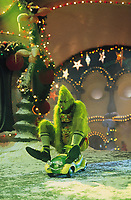How the Grinch Stole Christmas (2000) <br /> Jim Carrey<br /> *Filmstill - Editorial Use Only*<br /> CAP/KFS<br /> Image supplied by Capital Pictures