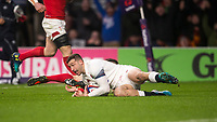 Englands' Jonny May scores his side's first try<br /> <br /> Photographer Bob Bradford/CameraSport<br /> <br /> NatWest Six Nations Championship - England v Wales - Saturday 10th February 2018 - Twickenham Stadium - London<br /> <br /> World Copyright &copy; 2018 CameraSport. All rights reserved. 43 Linden Ave. Countesthorpe. Leicester. England. LE8 5PG - Tel: +44 (0) 116 277 4147 - admin@camerasport.com - www.camerasport.com