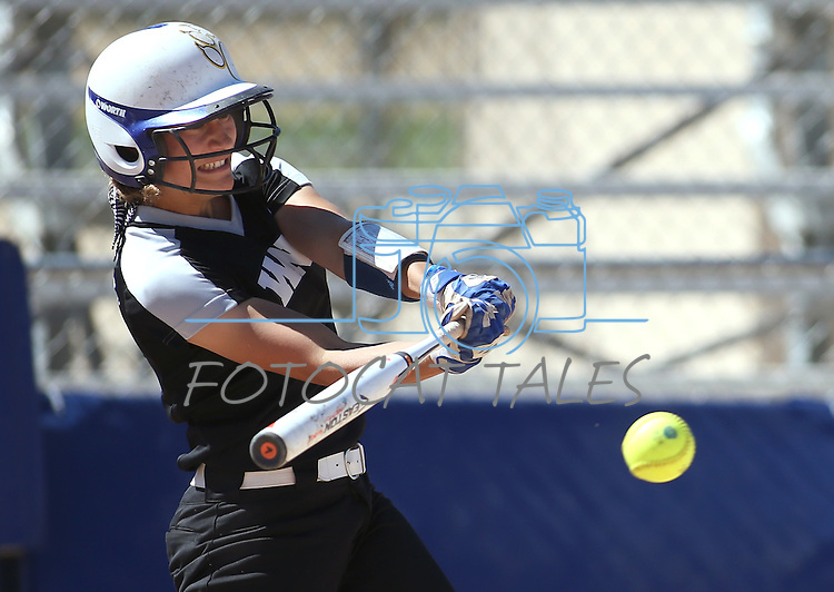 Western Nevada's Bailey Henderson hits against the College of Southern Nevada at Edmonds Sports Complex in Carson City, Nev., on Friday, April 1, 2016. <br />Photo by Cathleen Allison/Nevada Photo Source