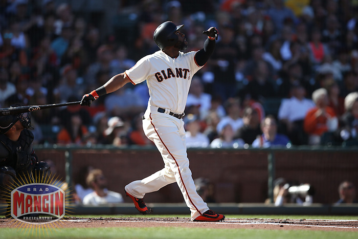 SAN FRANCISCO, CA - JULY 10:  Denard Span #2 of the San Francisco Giants bats against the Arizona Diamondbacks during the game at AT&T Park on Sunday, July 10, 2016 in San Francisco, California. Photo by Brad Mangin
