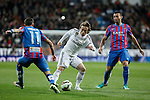 Real Madrid´s Luka Modric (C) and Levante´s Barral and Morales during La Liga match at Santiago Bernabeu stadium in Madrid, Spain. March 15, 2015. (ALTERPHOTOS/Victor Blanco)
