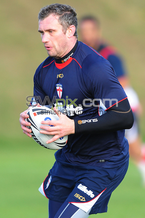 PICTURE BY ALEX BROADWAY/SWPIX.COM...Rugby League - Gillette 4 Nations 2011 - England Training Session - Loughborough University, Loughborough, England - 26/10/11...England's Jamie Peacock.