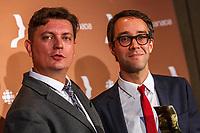 françois Letourneau et Jean-Francois Rivard<br /> de Serie noire gagnent le Gemeaux du Meilleur texte de serie dramatique.<br /> <br /> PHOTO :  Agence Quebec Presse