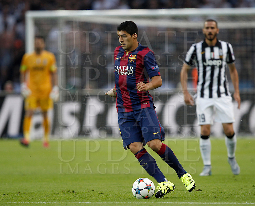Calcio, finale di Champions League Juventus vs Barcellona all'Olympiastadion di Berlino, 6 giugno 2015.<br /> FC Barcelona's Luis Suarez in action during the Champions League football final between Juventus Turin and FC Barcelona, at Berlin's Olympiastadion, 6 June 2015. Barcelona won 3-1.<br /> UPDATE IMAGES PRESS/Isabella Bonotto