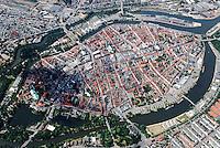 Luebeck: EUROPA, DEUTSCHLAND, SCHLESWIG- HOLSTEIN, LUEBECK, (GERMANY), 21.06.2008: Luebecks Kirchen, Kirche, Dom, Holstentor, Tor, Holsten, Innenstadt,  Stadtbild, historisch, gewachsen, eng , voll, Zentrum, Haus, Haeuser, Einfahrt,Luftbild, Luftaufnahme, Luftansicht.c o p y r i g h t : A U F W I N D - L U F T B I L D E R . de.G e r t r u d - B a e u m e r - S t i e g 1 0 2, 2 1 0 3 5 H a m b u r g , G e r m a n y P h o n e + 4 9 (0) 1 7 1 - 6 8 6 6 0 6 9 E m a i l H w e i 1 @ a o l . c o m w w w . a u f w i n d - l u f t b i l d e r . d e.K o n t o : P o s t b a n k H a m b u r g .B l z : 2 0 0 1 0 0 2 0  K o n t o : 5 8 3 6 5 7 2 0 9.C o p y r i g h t n u r f u e r j o u r n a l i s t i s c h Z w e c k e, keine P e r s o e n l i c h ke i t s r e c h t e v o r h a n d e n, V e r o e f f e n t l i c h u n g n u r m i t H o n o r a r n a c h M F M, N a m e n s n e n n u n g u n d B e l e g e x e m p l a r !.