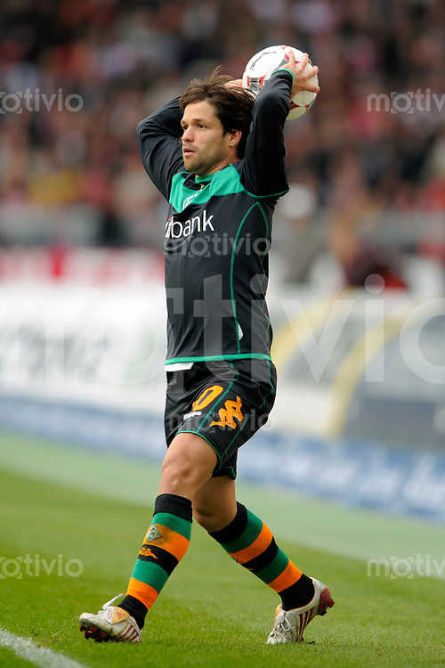 FUSSBALL   1. BUNDESLIGA   SAISON 2008/2009   7. SPIELTAG VfB Stuttgart - Werder Bremen          04.10.2008 DIEGO (Bremen), Einzelaktion am Ball.